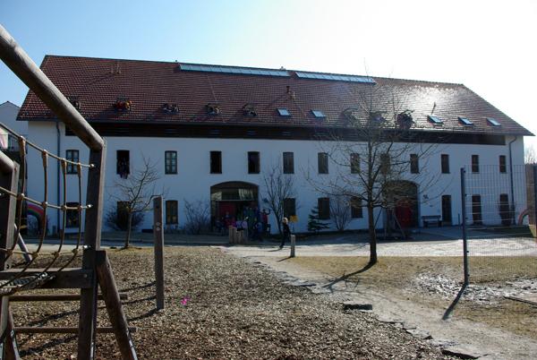 Schulhaus3
